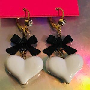 White puffy heart earrings vintage Betsey Johnson